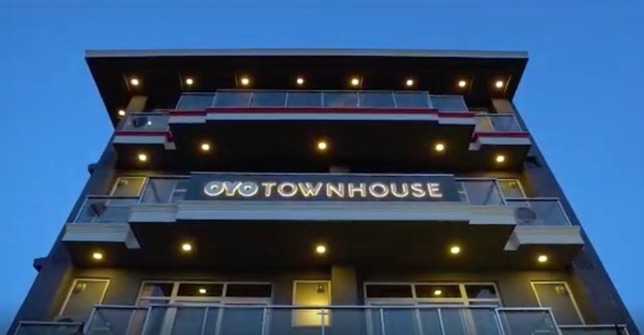 OYO Townhouse - Your friendly neighbourhood hotel